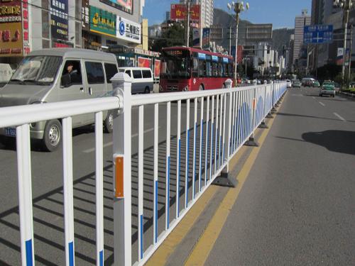 市政道路护栏2