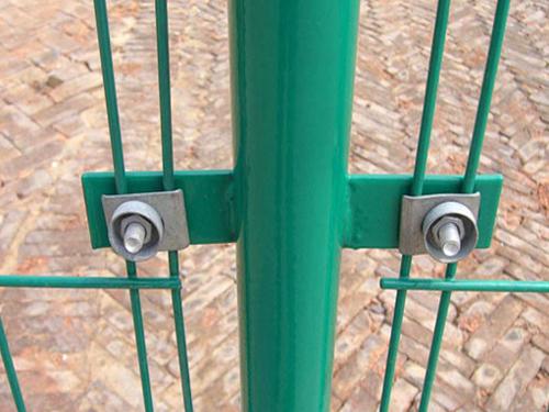 双边丝护栏2